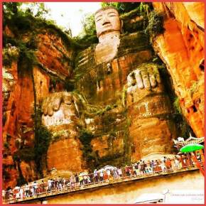 Visitando o Leshan Giant Buddha – China