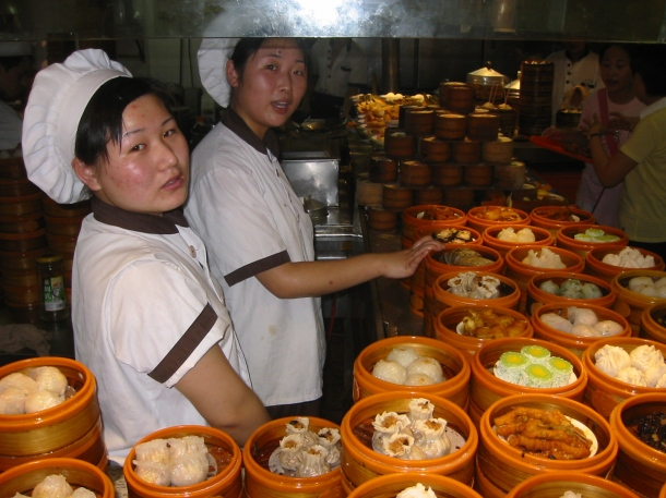 Cozinha de um restaurante de Dim Sum